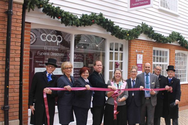 George Yard funeral home opens